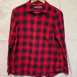 Tommy Hilfiger long sleeve button down blouse